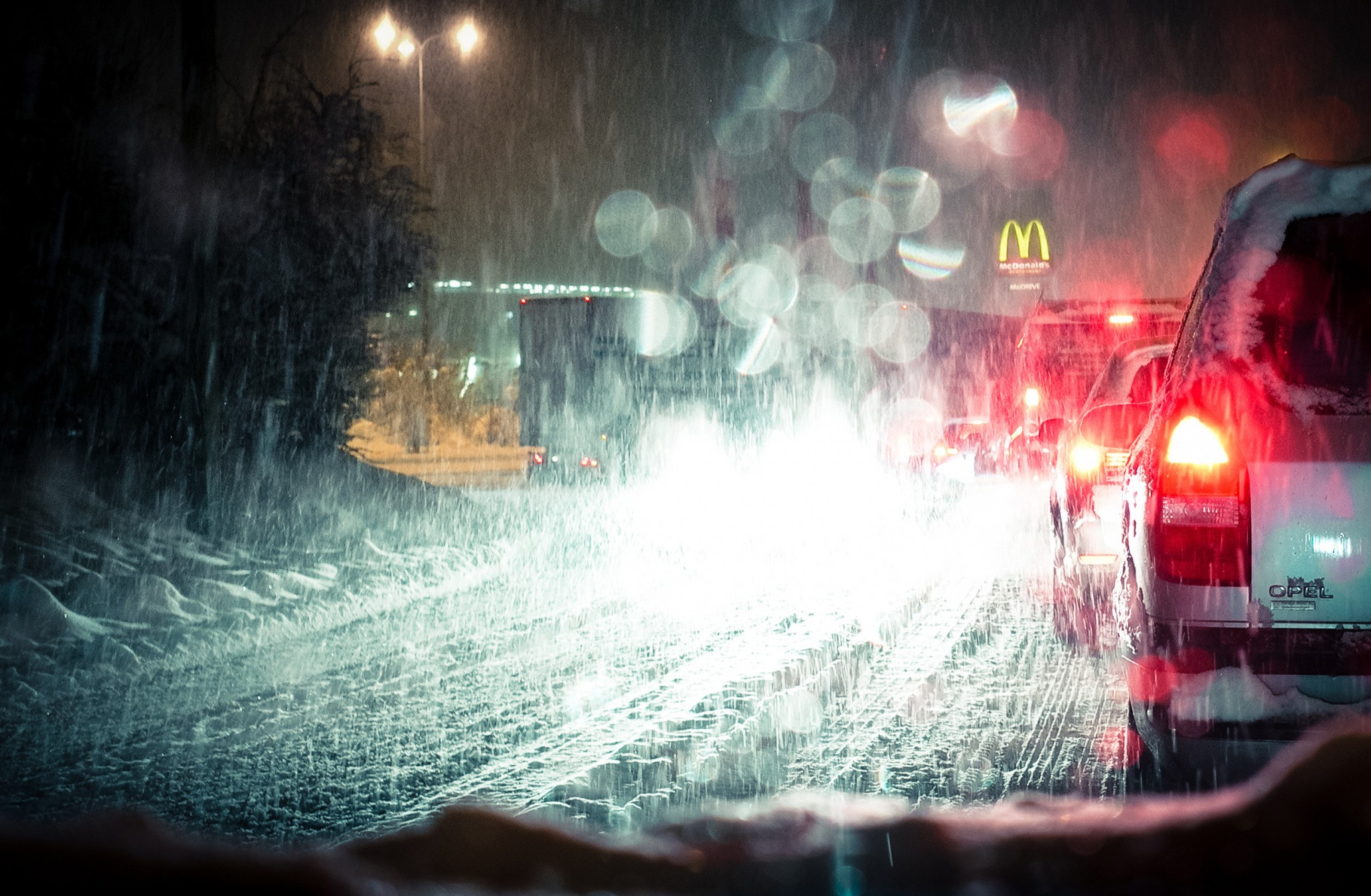 driving to mc donald's | © Olivier Villard